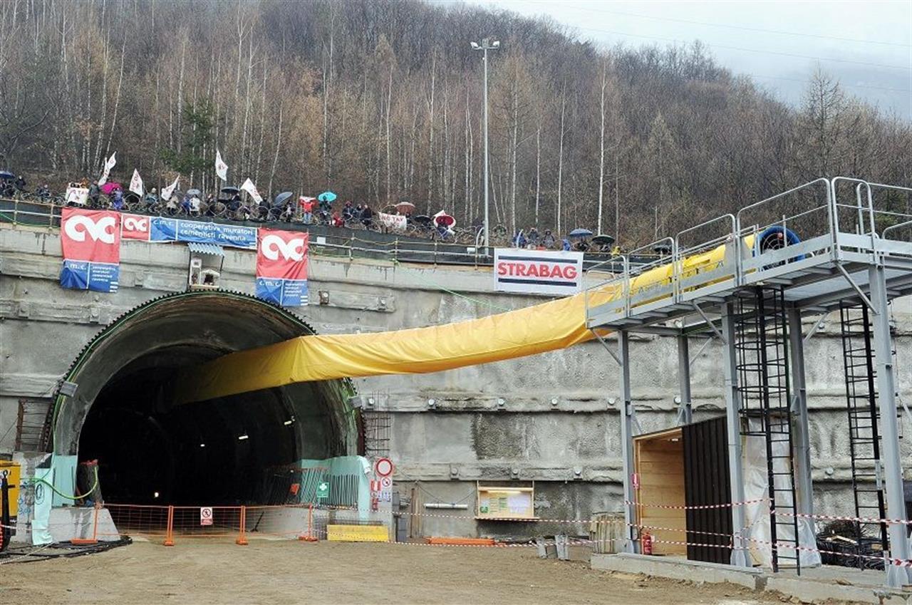 TAV in Val di Susa - Ancora Divisioni e Scontri all'Interno del Governo.